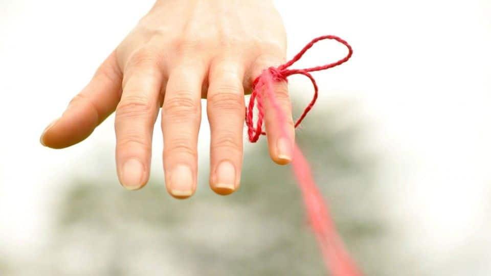 El hilo rojo del amor