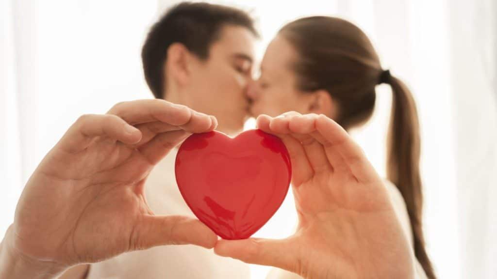 Hechizo del zapato para la protección del matrimonio