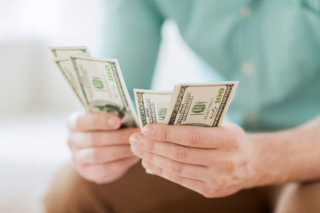 hechizo ganar dinero