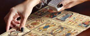 Todo lo que debes saber sobe las lecturas del Tarot.